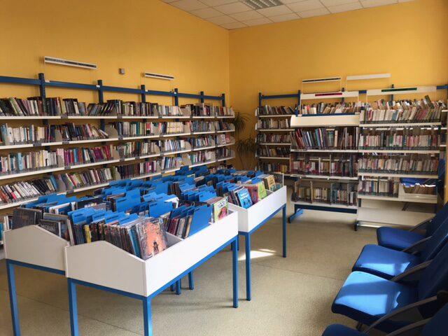 salle de lecture romans.jpeg